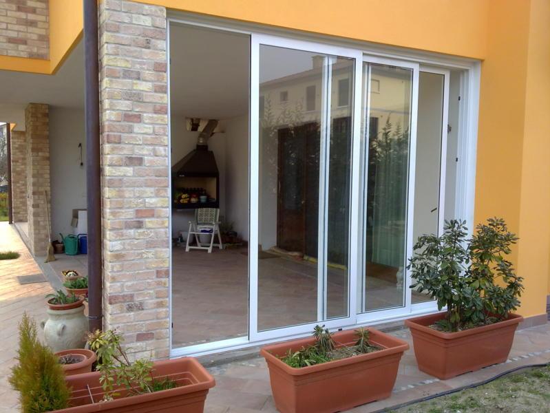 Porta Scorrevole A Tre Ante.Porte Scorrevoli Produzione E Installazione Vicenza Euroser